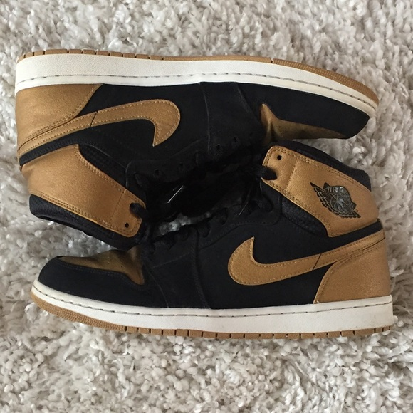 best sneakers f5488 0cf47 Nike Air Jordan 1 Carmelo Anthony Gold 332550-026.  M_5ba7913fbb76156dc93aa49e